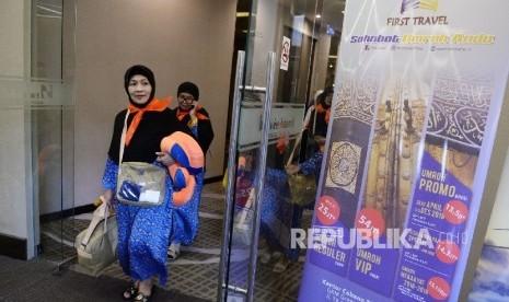 Opsi tidak Mengenakkan, Jamaah First Travel Dilema