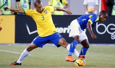 Bek Inter Milan Jadi Kapten Brasil Lawan Uruguay