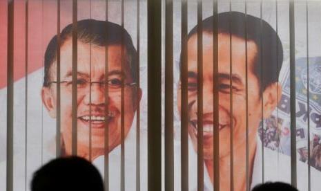 Joko Widodo (kanan) dan Jusuf Kalla.