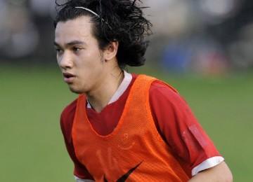 Jordy de Kat saat mengikuti latihan pelatnas Pra-Olimpiade 2012 di Lapangan PSSI, Senayan, Jakarta, Selasa (25/1).