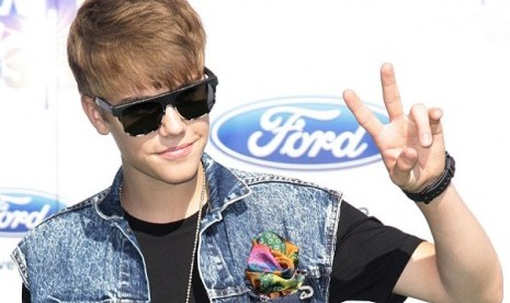 Justin Bieber draws controversy among his fans in Indonesia. (photo file)