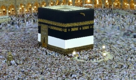 http://static.republika.co.id/uploads/images/detailnews/ka-bah-di-masjidil-haram-makkah-arab-saudi-_120527183241-406.jpg