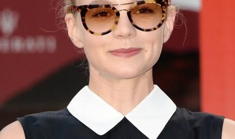 Kacamata unik Miu Miu