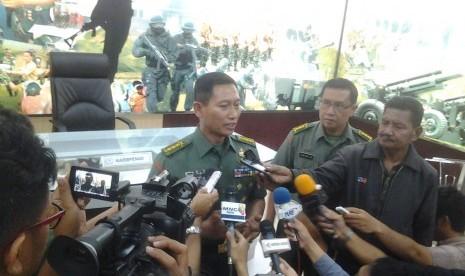 Kadispenad Kolonel Wuryanto.
