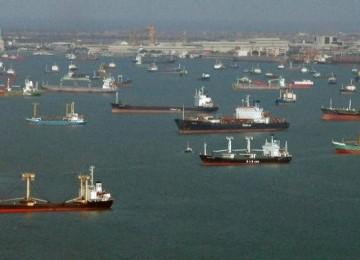 Kapal rusia hilang ditelan badai