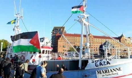 Kapal Marinne of Gothenburg yang berisi aktivis kemanusiaan dicegat militer Israel dalam perjalanan menuju Gaza, Senin (29/6).
