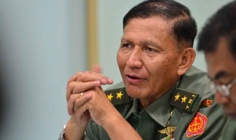 Kapuspen TNI Mayjen Fuad Basya.