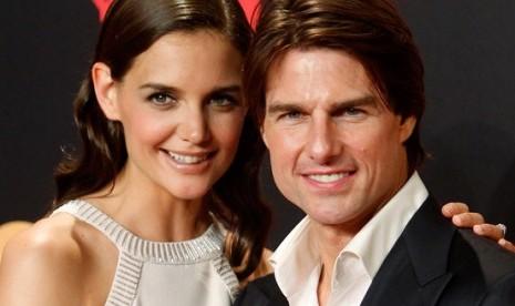 Katie Holmes-Tom Cruise