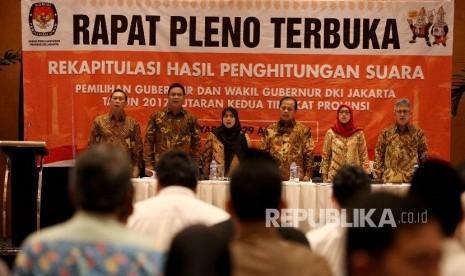 KPU DKI Apresiasi Ahok-Djarot Langsung Terima Kekalahan