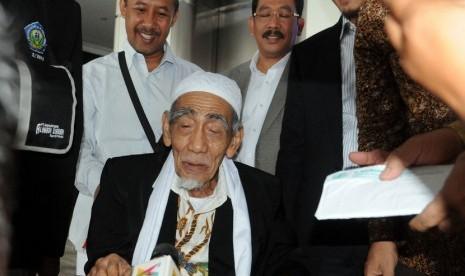 Ketua Majelis syariah PPP KH. Maimun Zubair