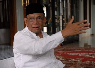 KH Hasyim Muzadi