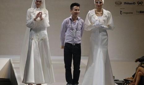 Busana Muslimah Cantik Ala Malaysia