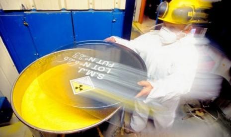 Konsentrat Uranium (ilustrasi)