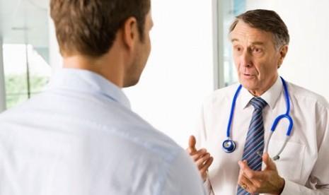 Konsultasikan masalah disfungsi ereksi pada dokter/ilustrasi