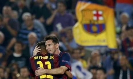 Lionel Messi (kanan) dan Neymar.