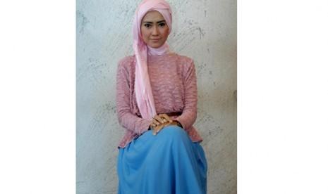 Lulu elhasbu, banting setir dari model ke desainer