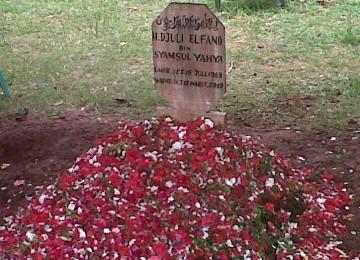 Makam Djuli Elfano di Tempat Pemakaman Umum (TPU) Tanah Kusir.