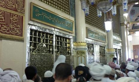 Makam Nabi Muhammad SAW di Masjid Nabawi, Madinah, Arab Saudi.