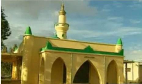 Makam Raja Najasyi pemberi suaka untuk Muslim berada di masjid ini