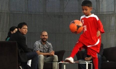 Mantan pelatih sekaligus mantan pemain FC Barcelona Josep