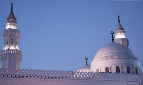 Masjid al-Qiblatain di Arab Saudi. Ilstrasi.