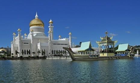 - masjid-sultan-omar-ali-saifuddin-di-bandar-seri-begawan-_120912161109-788