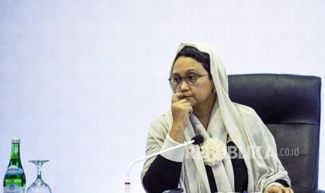 Retno Marsudi receives Myanmar delegation for interfaith dialogue