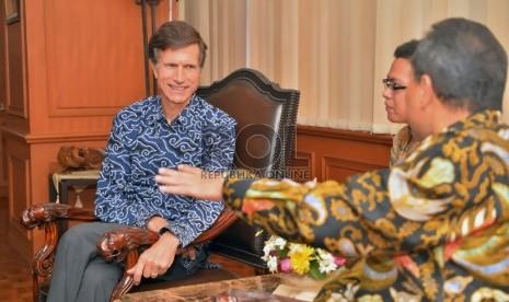 Duta Besar Amerika Serikat untuk Indonesia, Robert O. Blake (kiri) (Dok.Pushumas Kemenhut)