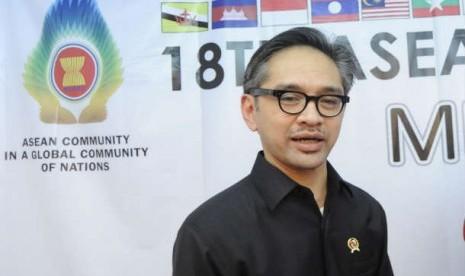 Menteri Luar Negeri Marty Natalegawa