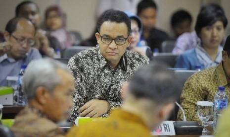 Kata Anies Baswedan Doa di Sekolah Bermasalah, PAN: Ini Negara Komunis?