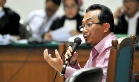 PKS Bantah Cari Duit dari Tiga Menterinya