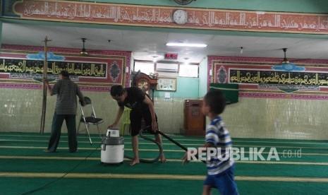 Jelang Ramadhan, NU Depok Gelar Program Bersih-Bersih Masjid