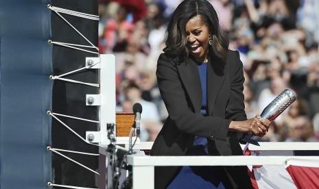 Michelle Obama Masih Sering Dinilai karena Warna Kulit