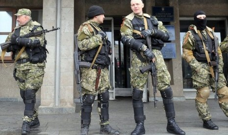 Milisi Ukraina pro-Rusia (ilustrasi)