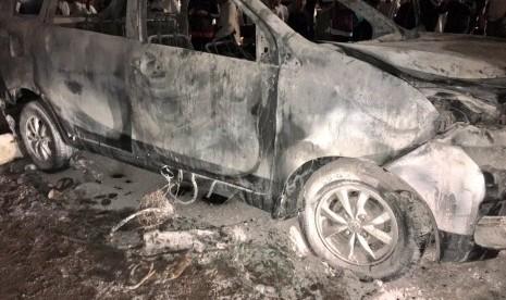 Polisi Masih Telusuri Pemilik Kendaraan yang Terbakar di Cawang
