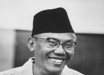 Mr. Sjarifuddin Prawiranegara