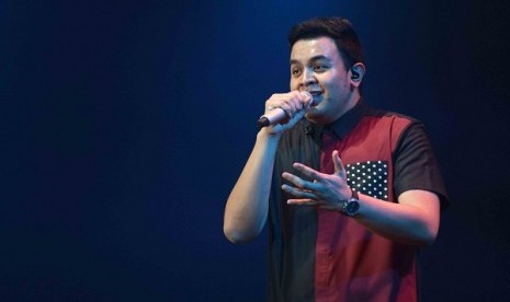 Ini Janji Tulus di Konser 'Gajah' Jakarta