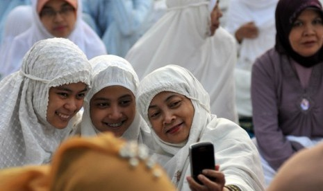 Muslimah Indonesia saat melaksanakan Shalat Ied di Jakarta (ilustrasi).