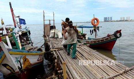 In Picture: Nestapa Nelayan Kerang Hijau Muara Angke (Bagian Satu)