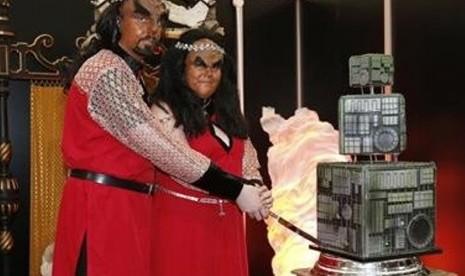 Aneh  Dan Unik - Pasangan Ini Nikah Ala Klingon Star Trek | TopiK Terbaru