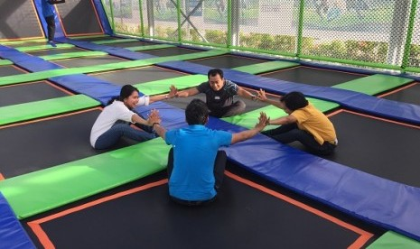 Manfaat Olahraga Trampolin