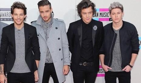 One Direction Keluarkan Single Pertama Sebagai Kuartet