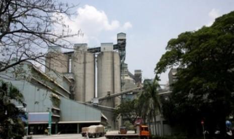 Pemerintah Rombak Total Direksi Semen Baturaja