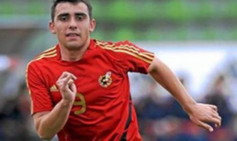 Alcacer Semangat Debut untuk Spanyol