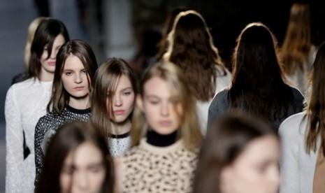 Para model dalam perhelatan fashion. (Ilustrasi)