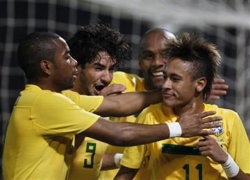 Para pemain Brasil merayakan gol/ilustrasi
