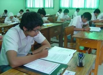 Para siswa sedang mengikuti ujian/ilustrasi