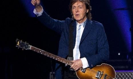 Paul McCartney Bagikan Foto Sebagai Perompak