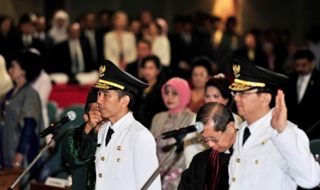Jokowi: Ibu PKK Jangan Pamer Kemewahan