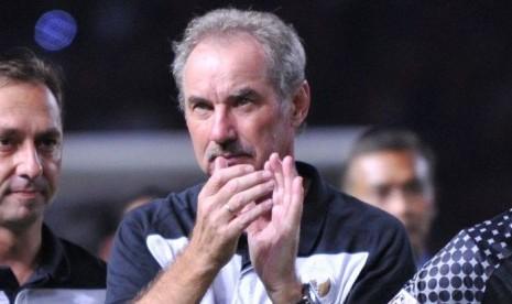 Sergio van Dijk: Cara Riedl Melatih Seperti Pelatih Eropa